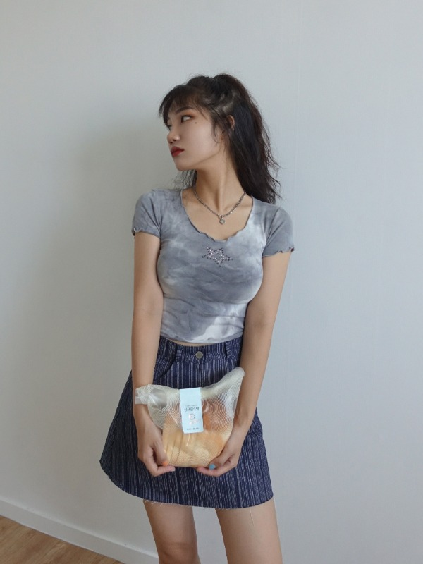 STAR TWINKLE STUD TIE-DYE CROP TOP (SORA, GRAY 2COLORS!)