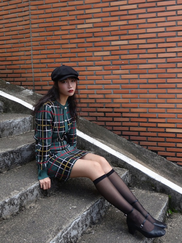MONT GREEN CHECK KNIT CARDIGAN & SKIRT SET