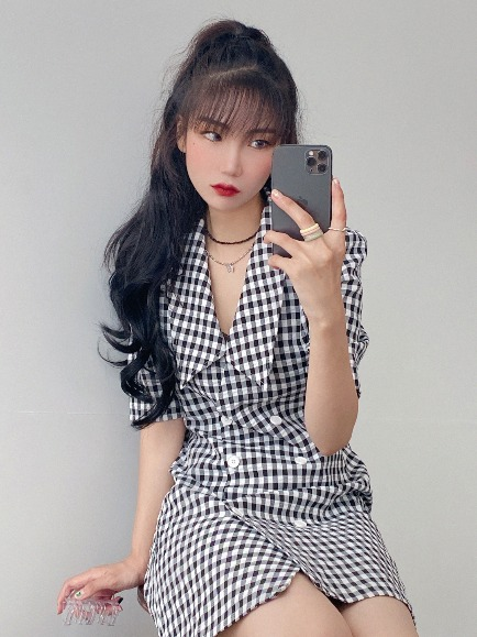 SODA DOUBLE BUTTON CHECK DRESS (BLACK)