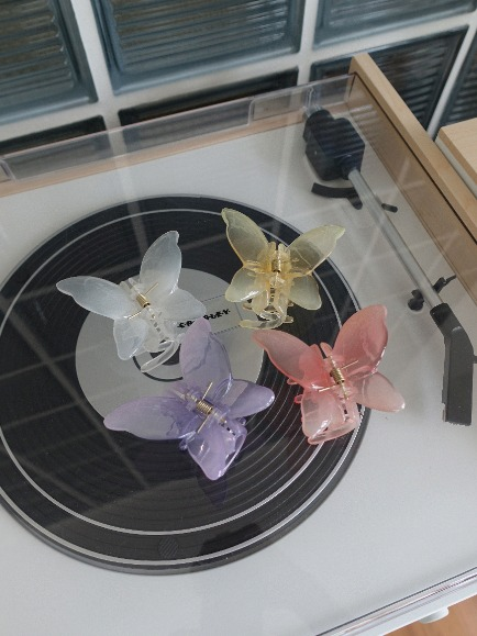 BUTTERFLY HAIRPIN (WHITE, YELLOW, PINK, PURPLE 4COLORS!)